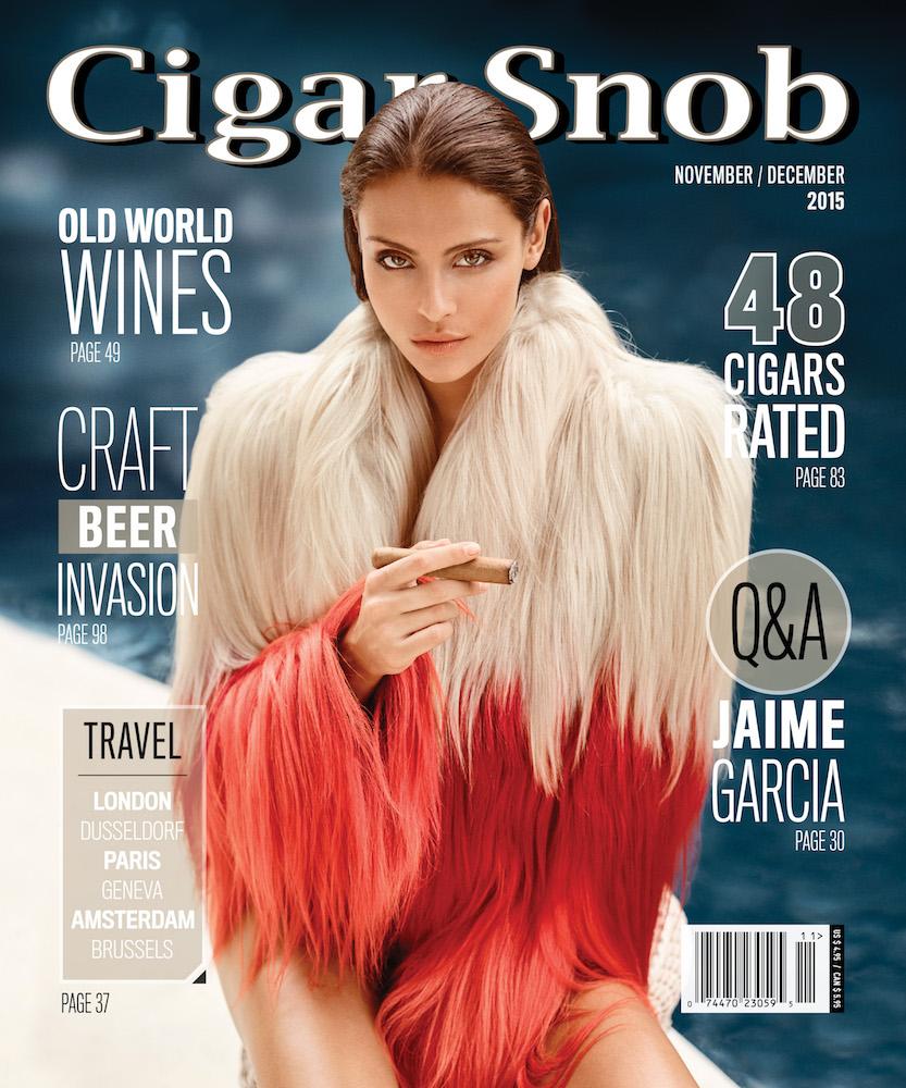 Bruna Colpa and Anna Zaton with Villiger Cigars