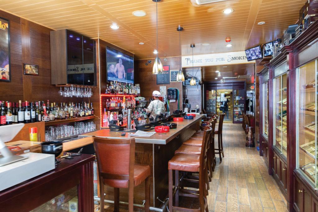 The bar at TG Cigar