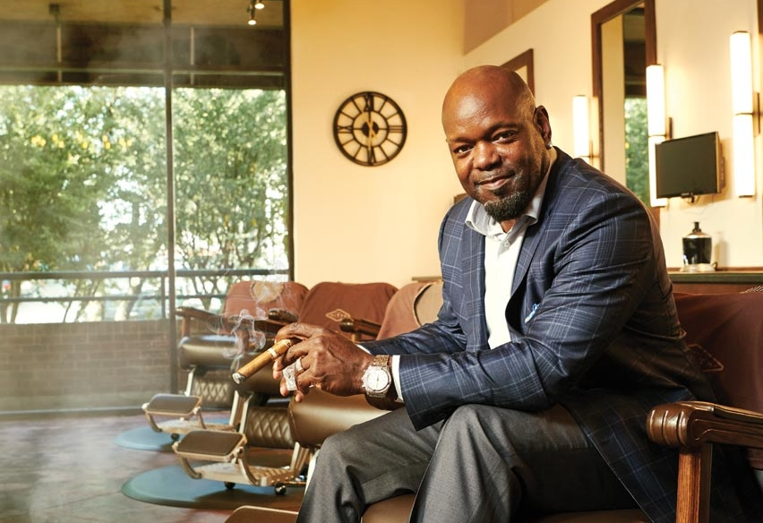 Emmitt Smith on cigars, family, giving back, championships and life after football