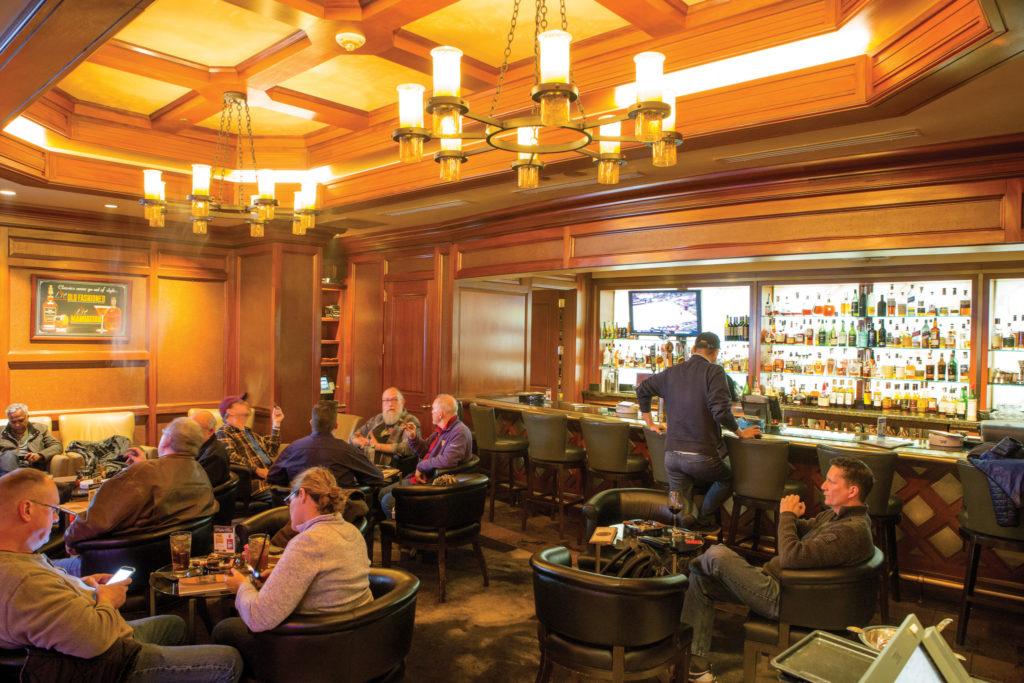 Lit, Snoqualmie Casino's cigar bar